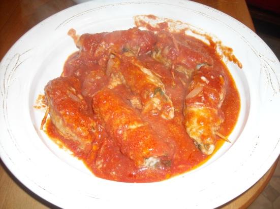 tomato sauce, pork, Italian cuisine