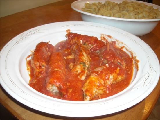 tomato sauce, pasta